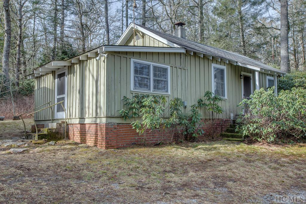 93 Rocky Hill Road, Highlands, NC 28741