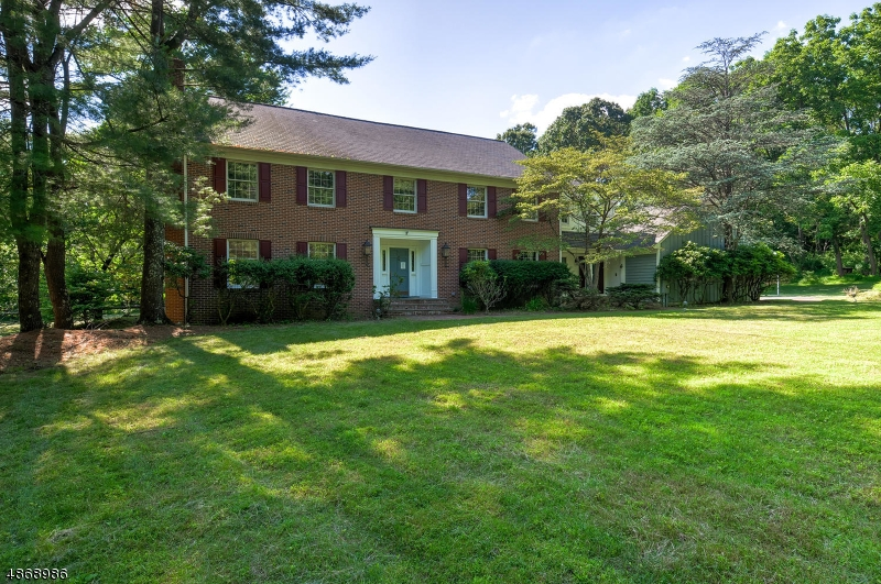 Level 5 Acre, Wooded & Private Home Site w/ Stream to Pond and more! Surrounded by some of the most expensive homes in the area, Near the border to Bernardsville & Roxitius Golf Course. Custom Master Suite w/spacious whirlpool tub & shower, walk-in closet, bidet, & a view to die for! Home is in average condition, but priced to allow for updating, so you can make it your own! Located in one of Northern New Jersey's TOP RANKED School Districts, and Townships. MENDHAM has a beautiful Main Street w/ Shops, Black Horse Tavern, and more. Located just minutes from 287, 78, 80, 10, 206, 46, 22, & 202.  Buyer must have Loan Commitment or proof of cash. Buyer is responsible for any and all inspections, including but not limited to Smoke & CO Detector/Fire Extinguisher Certifications.