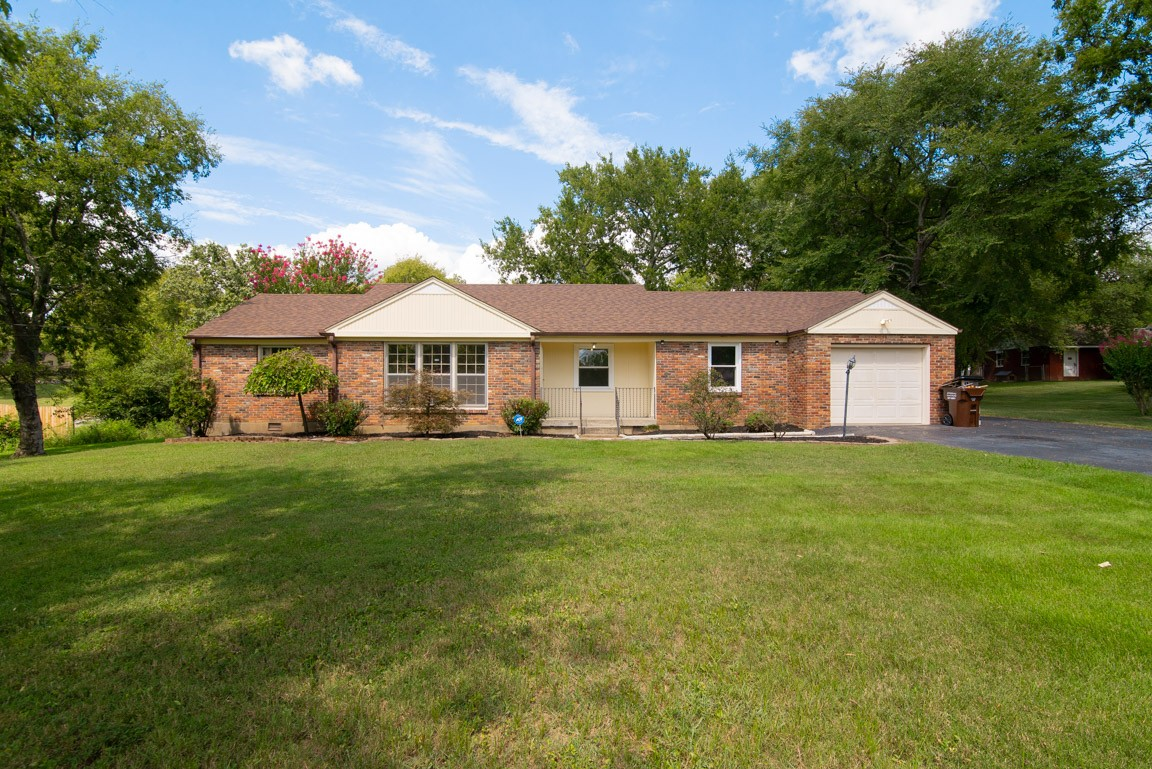Beautiful home with new granite kitchen countertop, new paints throughout the house, Hardwood floors, fenced yard with covered patio and a shed for extra storage space. Ready for a new owner. Agent/Owner.