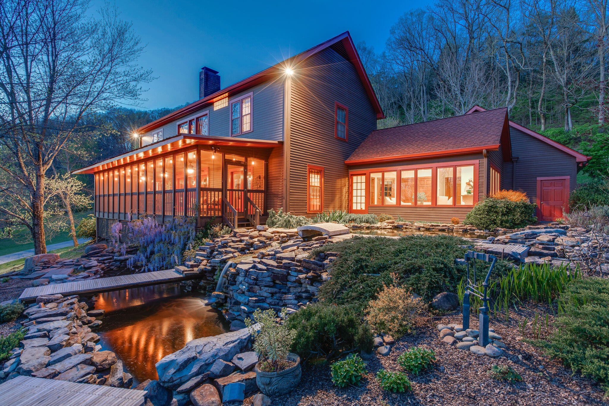 Beautifully maintained cult-de-sac home nestled on 5+ acres in the hills of Brentwood.  Private & secluded yet minutes to Cool Springs, downtown Franklin and interstate.  Open floor plan makes entertaining easy and effortless.  Windows flood the home with natural light & gorgeous views.  Relax on the expansive screened-in porch & enjoy breathtaking sunsets, listen to the sounds of the koi pond waterfall & watch the wildlife. A true retreat! (Soil engineer att. letter states potential for 3 BD).