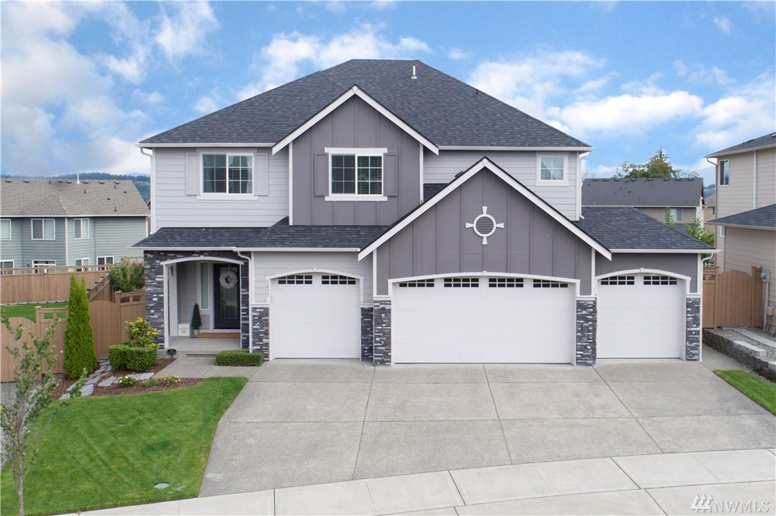 Modern luxury! Timeless & unique one-of-a-kind 5BR craftsman situated on a mtn view lot in Puyallup Highlands. Tasteful upgrades & space are abundant from a main level jr. master suite,professional grade chef's kitchen w/built-in fridge/appliances/pot-filler faucet. Smart home tech & surround sound thru out. Upstairs master boasts a pvt deck,FP,sitting area,CA closets. Watch movies in the theatre w/wet bar. Trex deck,stamped concrete patio,4car gar,A/C,sprnklrs & more! Work/Play/Relax..FABULOUS!