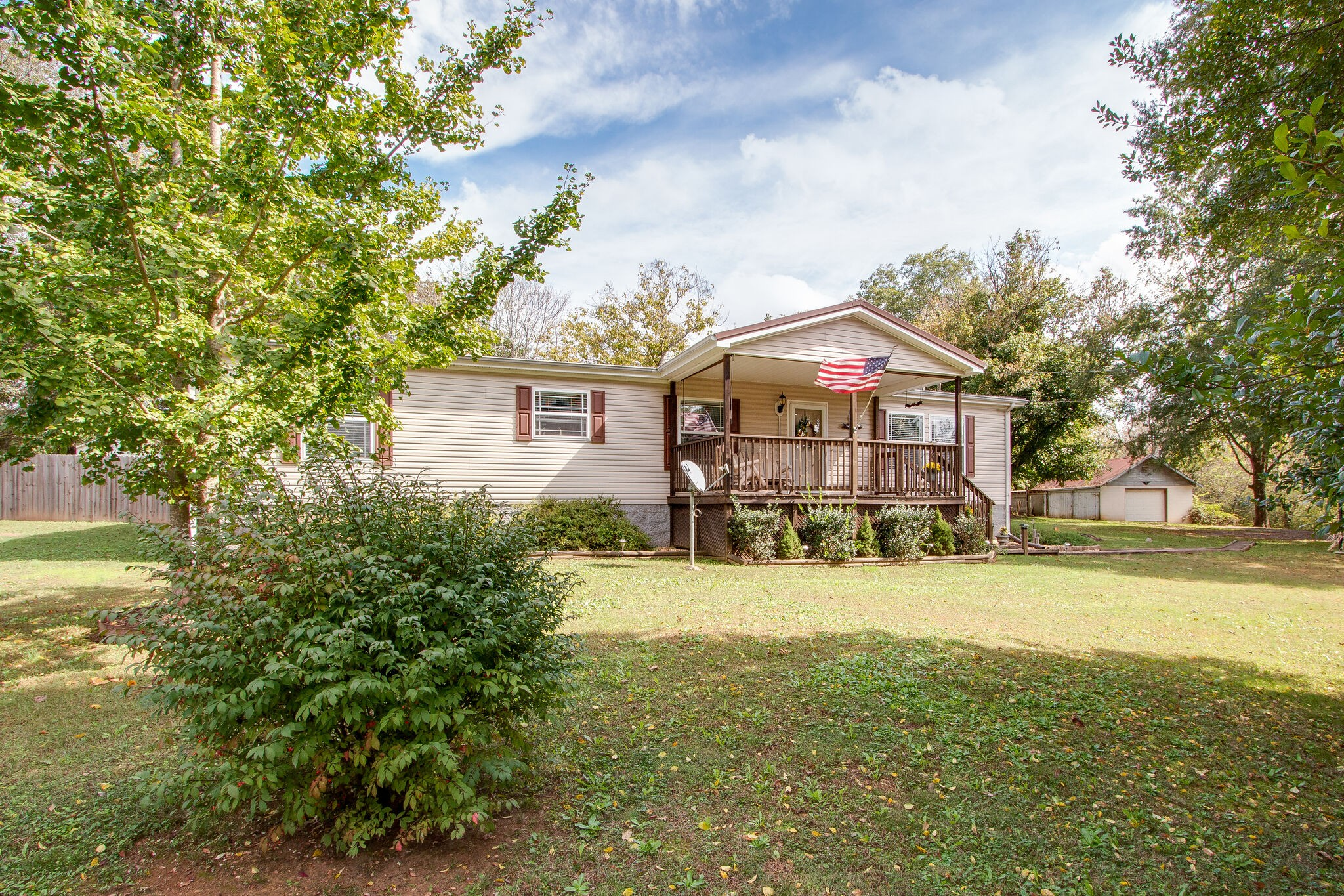 Great property on over an acre conveniently located near the 65S!  Property has been well maintained by its original owners.  Such a beautiful lot and includes a covered porch and patio, fenced in backyard and garden.  Home has neutral paint, stainless appliances, carpet and laminate floors. Included an oversized garage/shop with plenty of storage and room for toys.  Check it out!