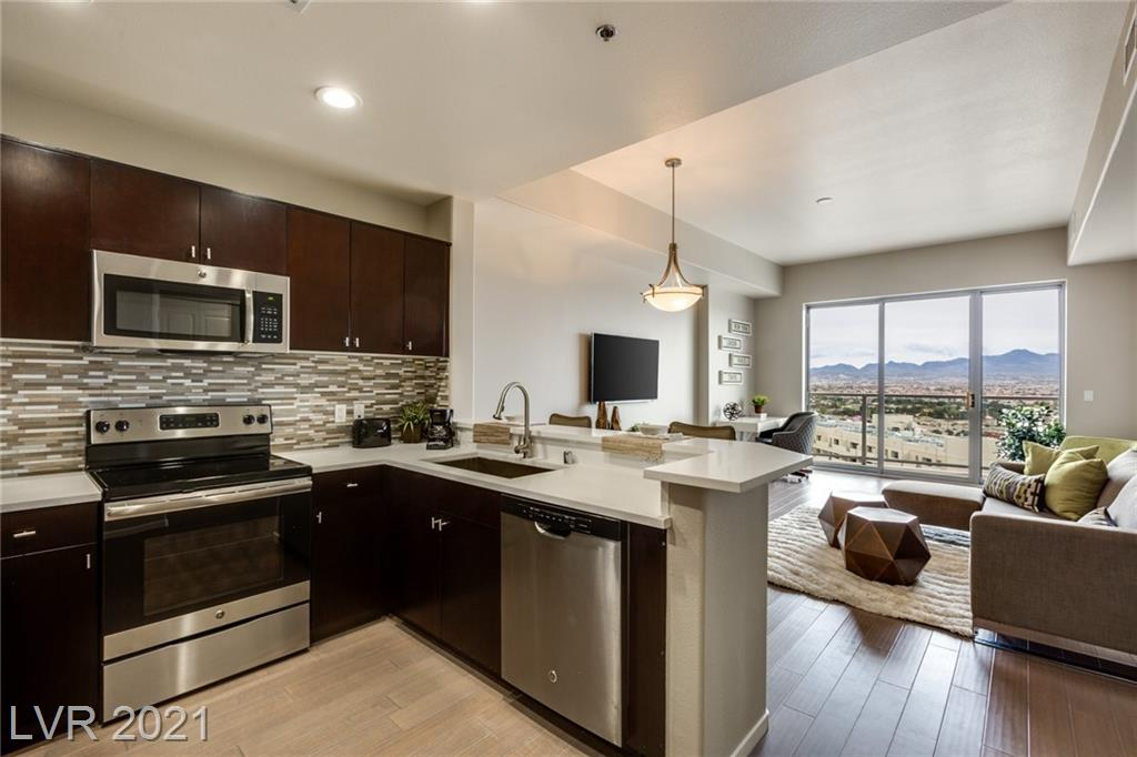 Amazing Luxury condo at One Las Vegas which has been remodeled with new quartz countertops, lighting, nest thermostat, laminate wood flooring, stainless steel appliances, and HOA includes cable and internet.  One Las Vegas has a concierge, security, a newly remodeled gym, pool, movie theater, recreation room, pet park, business center and many more amenities.
