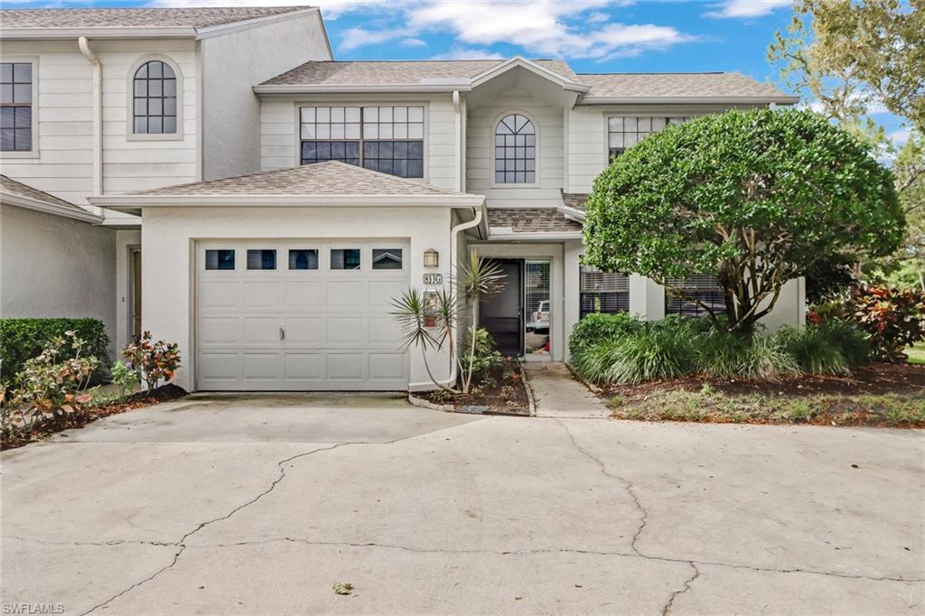 Highly sought after TRUE 3 bedroom end unit in Pelican Ridge.  The common area outside of the unit provides additional privacy as well as a partial lake view!  This unit allows a lot of natural light from the skylights.  Close walking distance to the pool is a plus.  This is a great option for an investor or end user looking to start with a 'blank canvas'!  Professional photos to be uploaded later today!!!