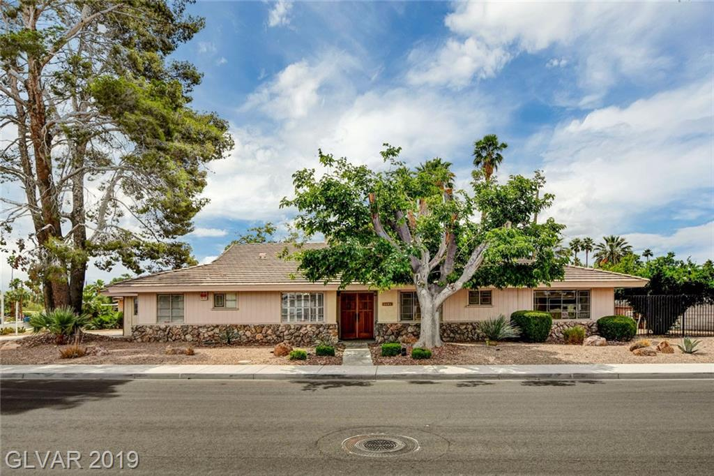 1601 HOUSSELS Avenue, Las Vegas, NV 89104