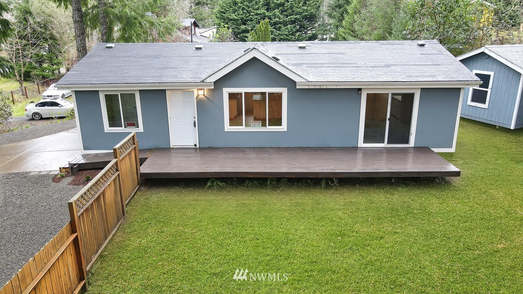 Here it is.... Move in Ready one level living home! 3 bedrooms 2 baths, all updated inside~ New flooring kitchen cabinets, quartz counters, interior and exterior paint, spacious fenced yard with a shed for storage,  Palmer Lake Community has community beaches, fishing & swimming, dont miss this one!
