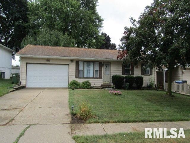 2313 S 13TH Avenue, Clinton, IA 52732