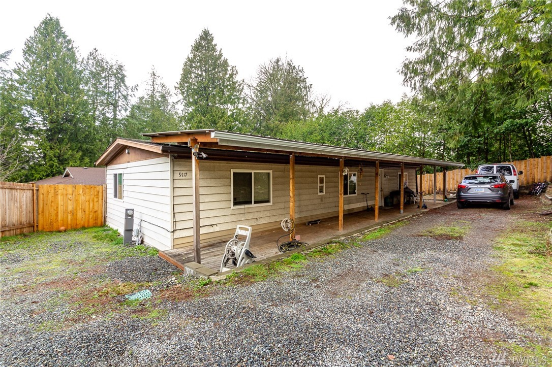 This is your chance to own a 3 bedroom 2 full bath home in Redmond!! .25 Acre well maintained lot on the end of a cul-de-sac. The house is set back from the road providing the perfect private lot! This house needs a little TLC to make it your own! Don't miss this house!