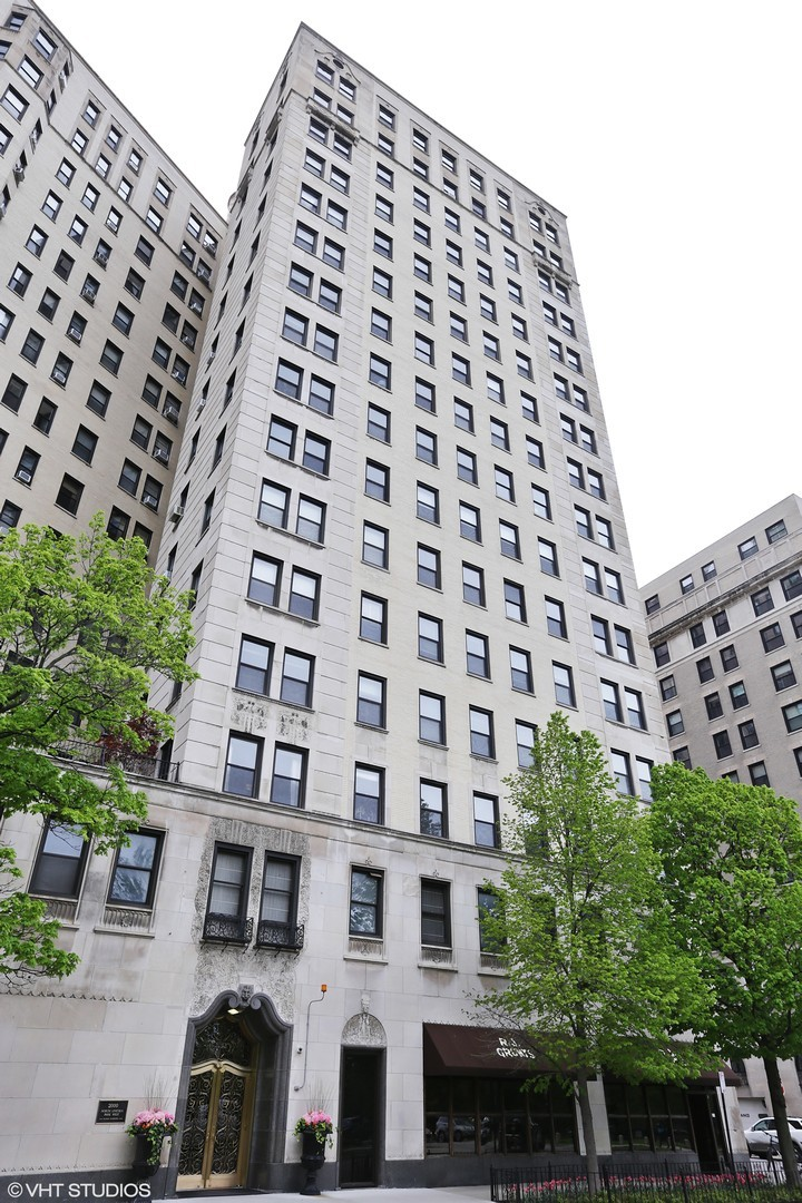 2000 N Lincoln Park West 1108, Chicago, IL 60614