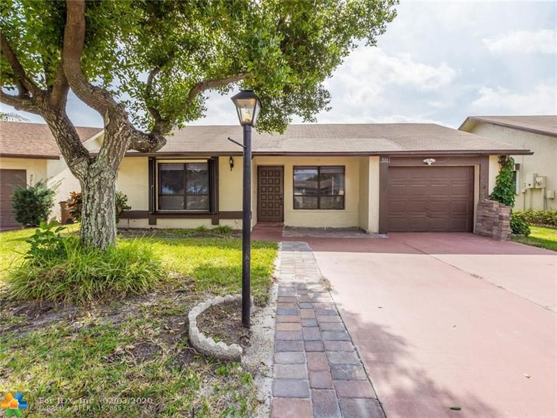 One of the best locations in The Meadows. Close to the Pool, Tennis courts and clubhouse.                                                                                                                                                                                                   Property is located on water, Kitchen and bathrooms have been recently updated.
