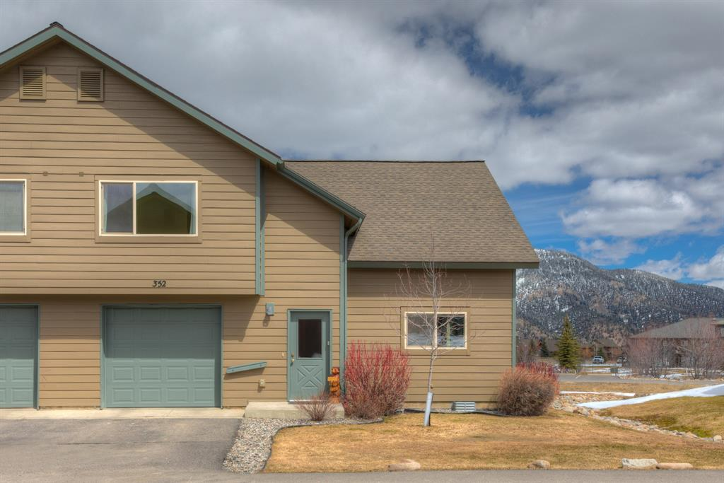 352 Candlelight Meadow Dr, Big Sky, MT 59716