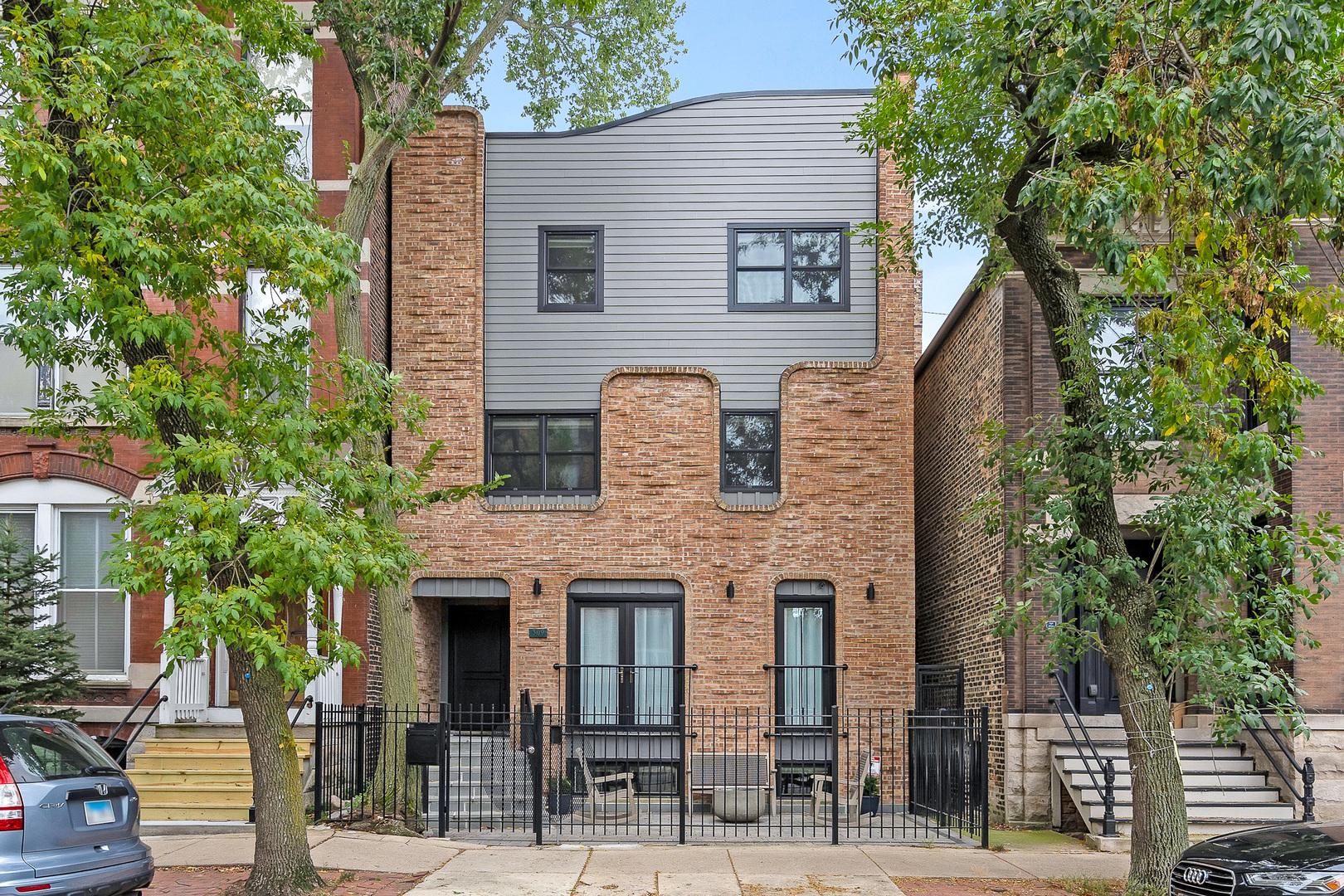 309 W Eugenie Street, Chicago, IL 60614