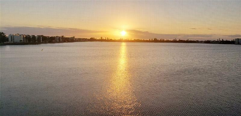 Best view of Lake Emerald. Live in a resort style condominium, countless amenities included!!!! This Corner unit 2/2 is a very spacious unique apartment, ready for a new buyer. Condominium requires 650 credit score and fast approval process. You can purchase with as little of 5% down. Priced to sell