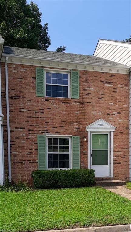 906 Brigantine Court, Chesapeake, VA 23320