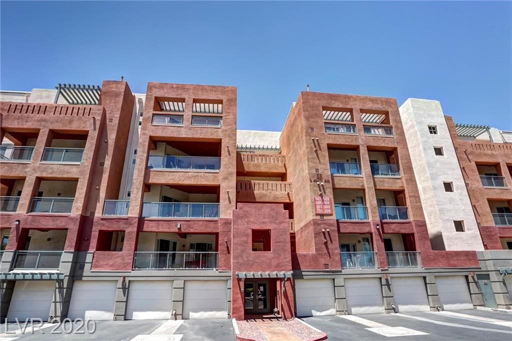 Cozy 2 bedroom - 2 bathroom condo upgraded throughout. Prime location near Las Vegas Blvd, shopping, food, and minutes from the Raider Stadium and the Las Vegas Strip. Extended balcony with sun view.