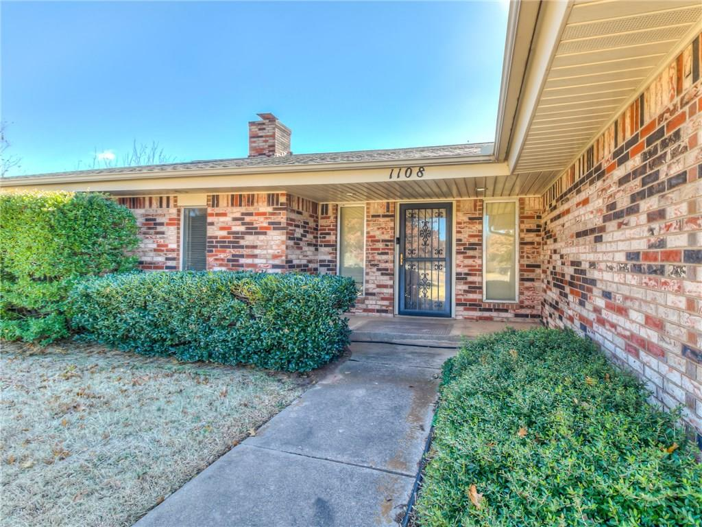 Looking for just the right home in Edmond Schools that will allow you to have horses?  You may have just found it!  This beautiful heavily wooded lot with mature trees and stunning landscape is a must see.  The home offers 3 bedrooms, 2 baths, kitchen with a large eat in area, formal living room and a family room both with high ceilings, wood burning fireplace, and sliding glass door that opens to a large back patio situated on 2.5 acres.  A large shop building with back yard access, well water for your sprinkler system and the house is on City water.  Home needs updating, this unique opportunity is in the desirable neighborhood of Sorghum Mill Estates.  This location is fantastic, close to Oak Tree Golf & Country Club, Cross Timbers Elementary School and minutes from shopping, dining and entertainment on Covell and Kelly.