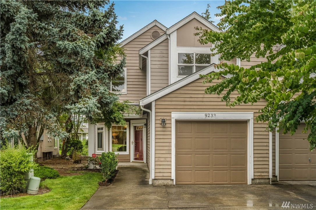Prime location in downtown Redmond along the Sammamish River Trail. Over $65K in renovation throughout this beautiful, like-new townhome. Kitchen features new cabinets, quartz counters, and stainless steel appliances. Master bathroom features new double vanity, designer tile with free-standing soaking bathtub. Short stroll to stores, restaurants, river trail & Redmond Transit Center. Minutes away to 520, Redmond town center and Microsoft. Award winning Redmond school district. Truly a must-see!