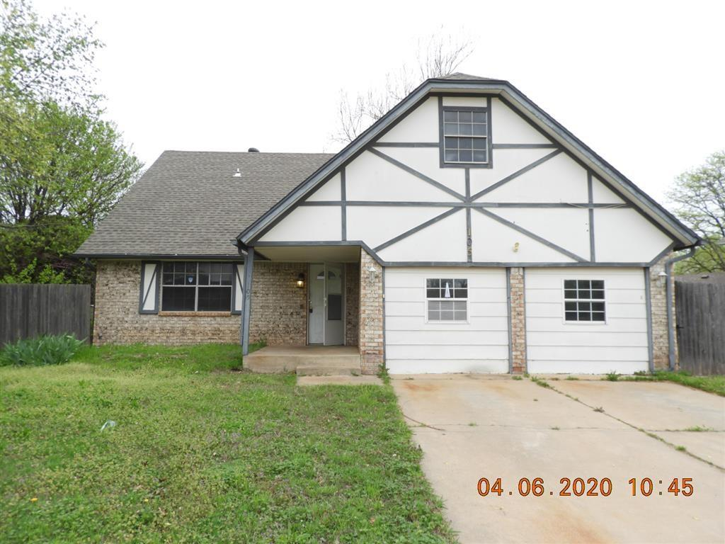 What a buy in Moore...  3 bedrooms, 2.1 bath's and 2 car (currently partially converted), 2 dining and bonus room that could be a 4th bedroom...  Large bedrooms upstairs!!  Good size back yard with above ground pool and large deck..  This home has tons of potential and won't last long..  Proof of funds required with all offers...