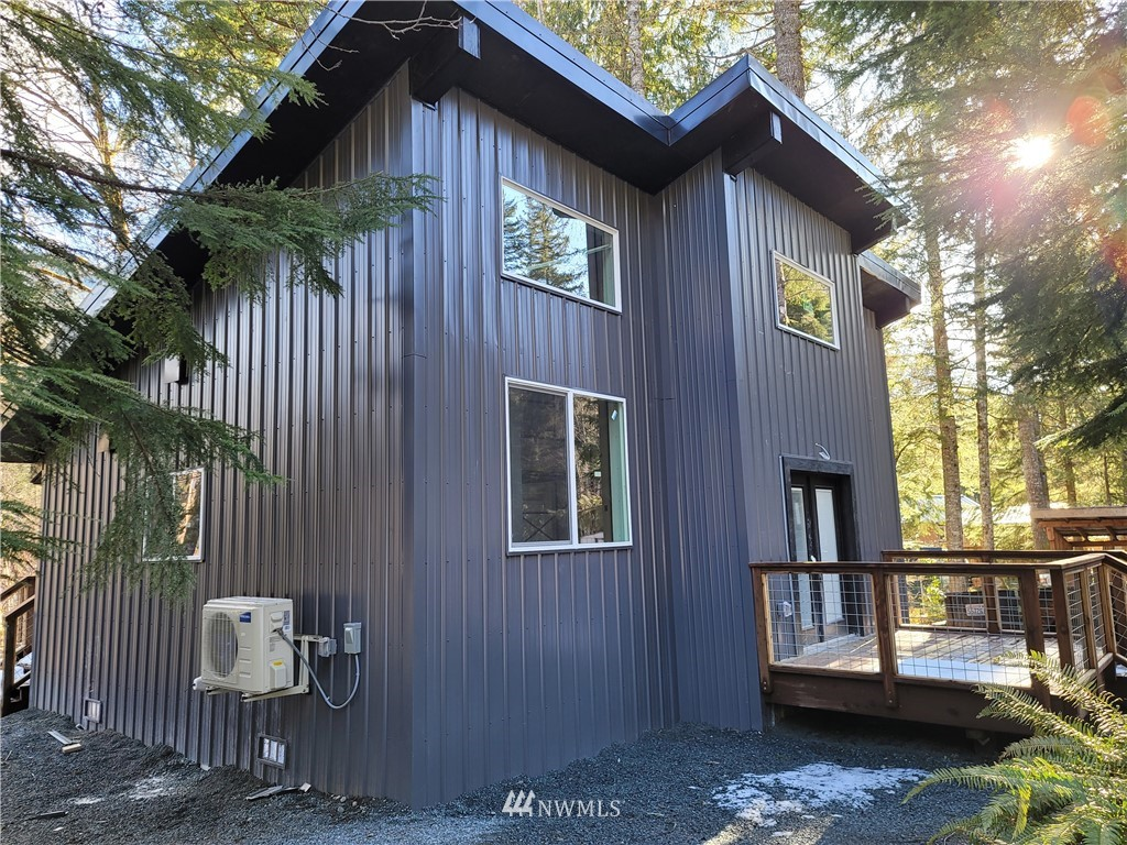 NEW CONSTRUCTION, 2 bedroom 1 bath cabin on the creek, super low maintenance metal roof and siding ready for the snowy Nisqually valley winter. Cabin features super tall ceilings with an open concept kitchen, Full bathroom and extra loft area. Ashford is at the base of Mount Rainier and close to lots of local activities, Hiking, skiing, fishing, community lake for swimming & lots more. Would be a great vacation getaway or vacation rental, come see the model cabin today.
