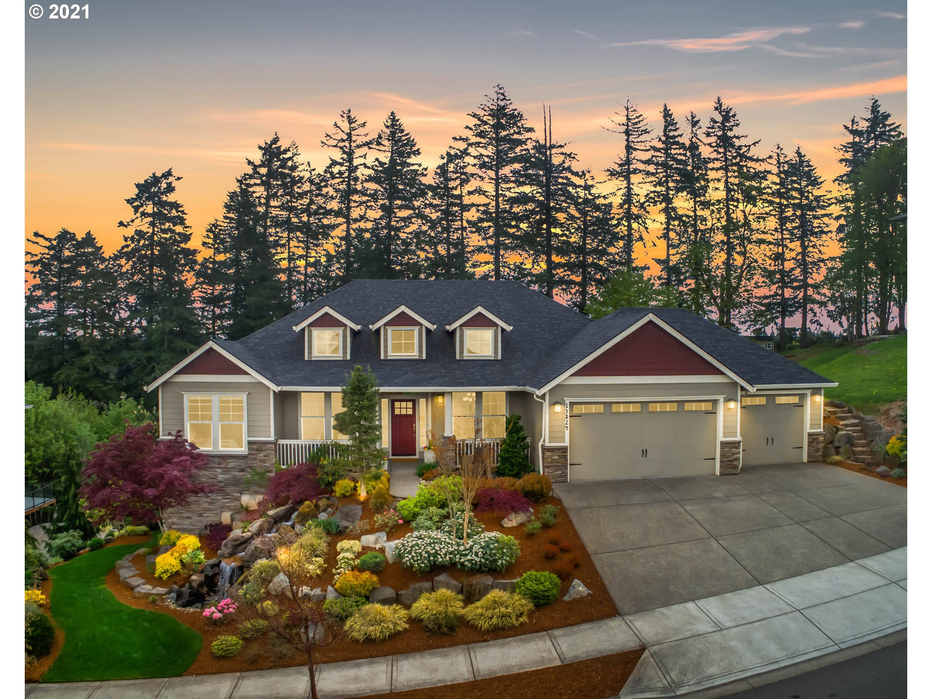Gorgeous custom home, on a beautifully landscaped .57 acre lot, in highly coveted Stone Ridge Summit! Desirable plan offers light & open great room w/vaulted ceiling, tall windows, formal dining, and nook. Lower level, w/separate entrance/kitchenette, is a perfect multi-gen or bonus/family room. Primary suite on the main, w/tray ceiling, and French doors to private deck. Newer flooring/int. paint. Multiple water features, fire pit, and pergola. Greenspace and Mountain Views! This one has it all.