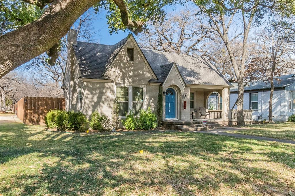 MULTIPLE OFFERS RECEIVED.  DEADLINE FOR HIGHEST & BEST SUNDAY 1-17 @ 8PM WITH OFFERS TO BE REVIEWED MONDAY EVENING. Gorgeous tudor-style brick home on corner lot has charm and class. The entire house, from plumbing, electrical, windows, etc. was updated 6 years ago. Original hardwoods are in immaculate condition.  Beautifully designed, oversized kitchen w breakfast room offers granite, gas cooktop, ss appliances and much more!  Spacious living room has a brick fireplace and is open to the dining room. Large master bedroom and two secondary bedrooms (new carpet in one). In addition, home has a bonus space w a half bath that could easily accommodate a home office, exercise room, or extra guest room.