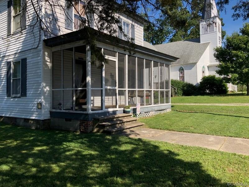 104 First Church Street, Dendron, VA 23839