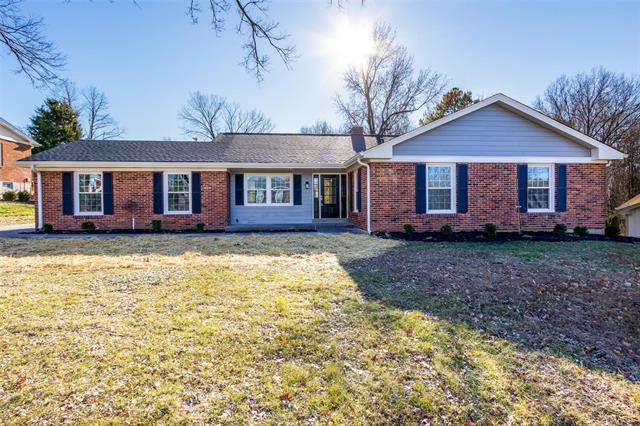 46 Brook Mill Lane, Chesterfield, MO 63017
