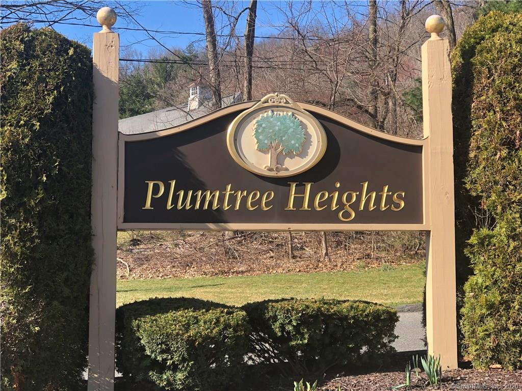 Mint condition condo at Plumtree Heights. Enjoy the unique set up of this unit with a main level master bedroom in addition to an upstairs loft bedroom....very cool! Just some of the recent upgrades include: New Kitchen & appliances with Granite counters, new bathroom, new doors and closet shelving, beautiful new wood laminate floors throughout, newer A/C condenser/Heat Pump, new tile in foyer & laundry room...wow! All the works been done. Just move in, relax and enjoy this great unit & nearby pool!