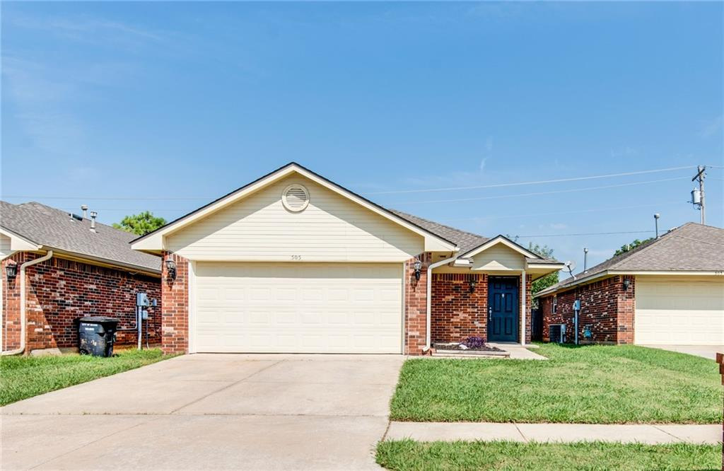Lovely home in Moore school district!  Built in 2004, 1250 square feet, 3 beds and 2 full baths. This home has a large living room.  Kitchen'srefrigerator will staty with the property! This home has fresh paint and carpet! Well maintained and move in ready today!  Easy to show!
