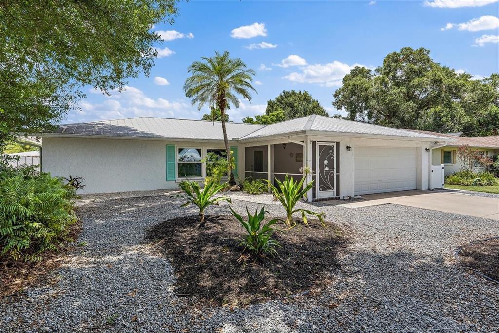 3206 Teal Avenue, Sarasota, FL 34232