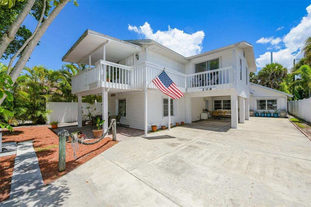 209 Elm Avenue, Anna Maria, FL 34216