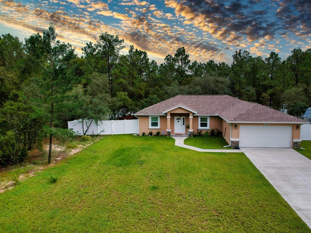 3955 W Drysdale Lane, Citrus Springs, FL 34433