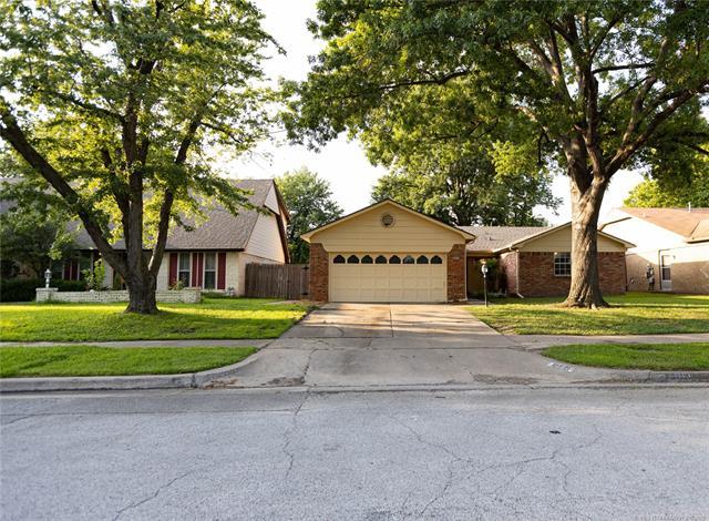 10921 E 29th Street, Tulsa, OK 74129