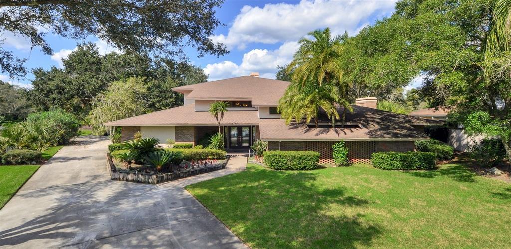 4304 Oakhurst Terrace, Tampa, FL 33618
