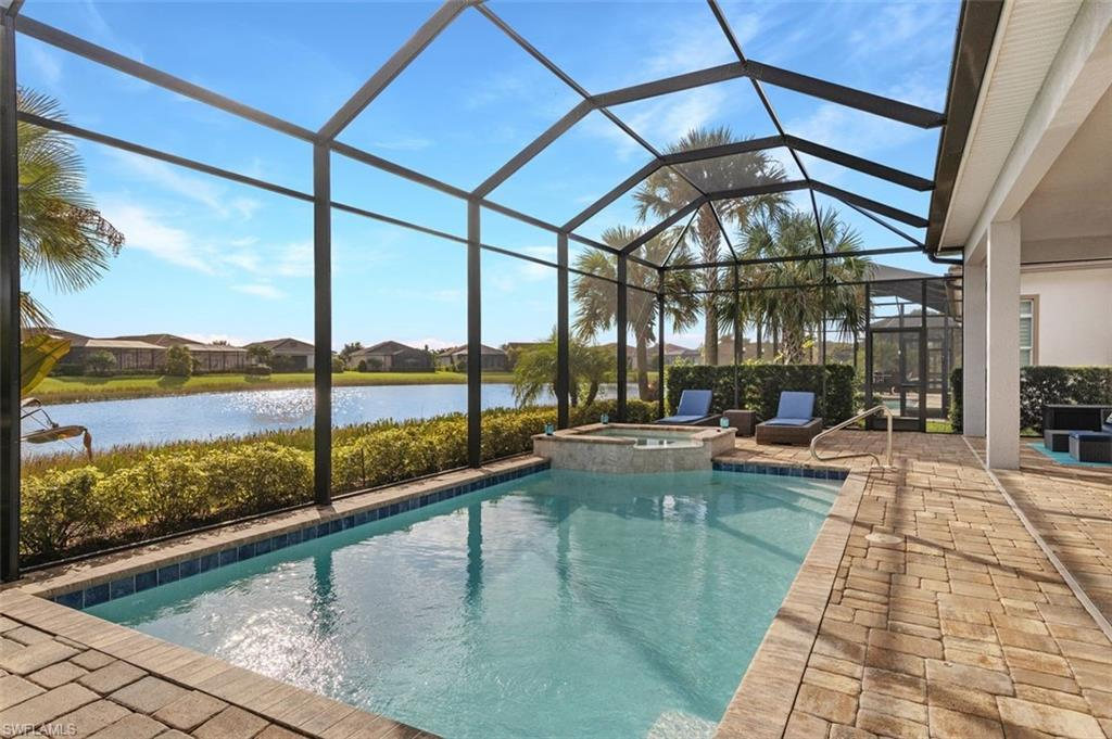 13837 Woodhaven Cir, Fort Myers, FL 33905