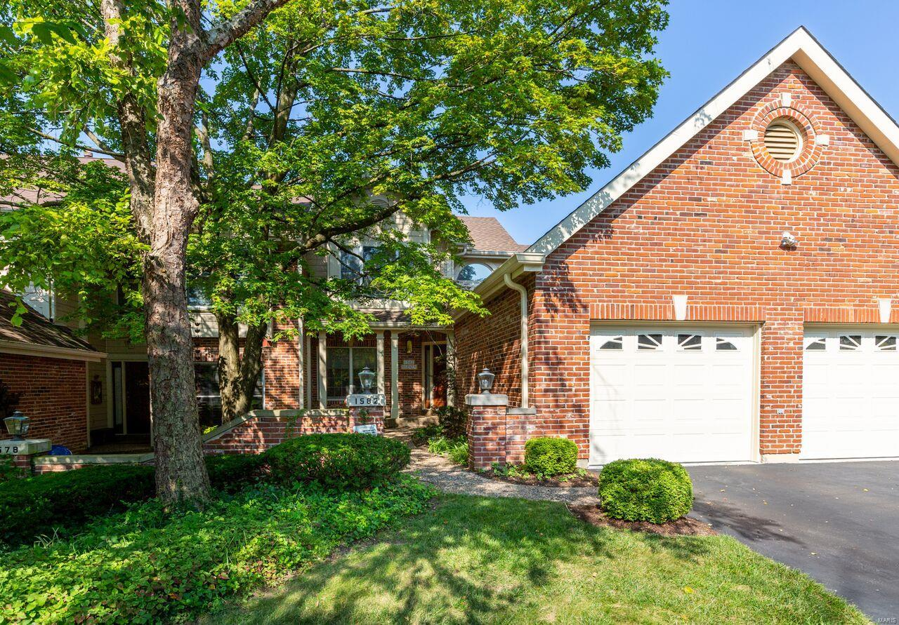 1582 Timberlake Manor Parkway, Chesterfield, MO 63017