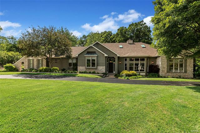 2917 Country Point Court, Wildwood, MO 63038