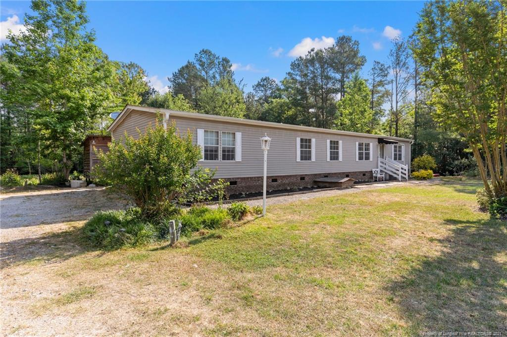 545 Christmas Berry Court, Fayetteville, NC 28312