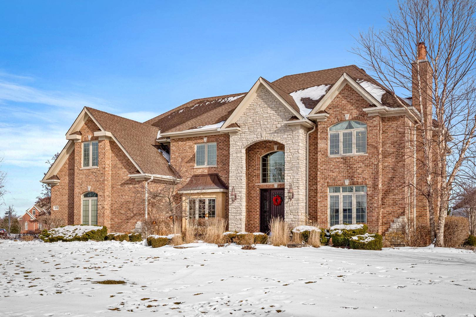 22333 N Prairie Lane, Kildeer, IL 60047