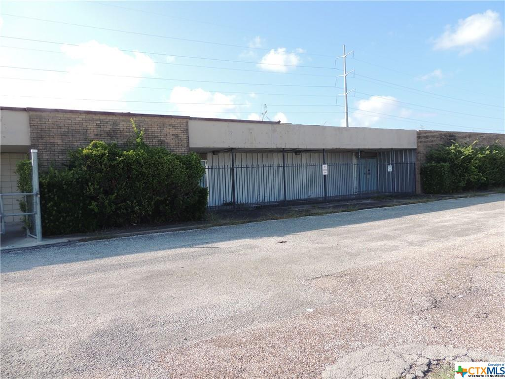 GREAT LOCATION WITH 3 COMMERCIAL BUILDINGS! This listing includes a 11,584 square feet building with a 1,947 square feet asphalt parking lot, a 10,170 square feet asphalt parking lot, a 1,250 square feet building with a 1,599 square feet asphalt parking lot and a 2,450 square feet building with a 3,256 square feet asphalt parking lot.