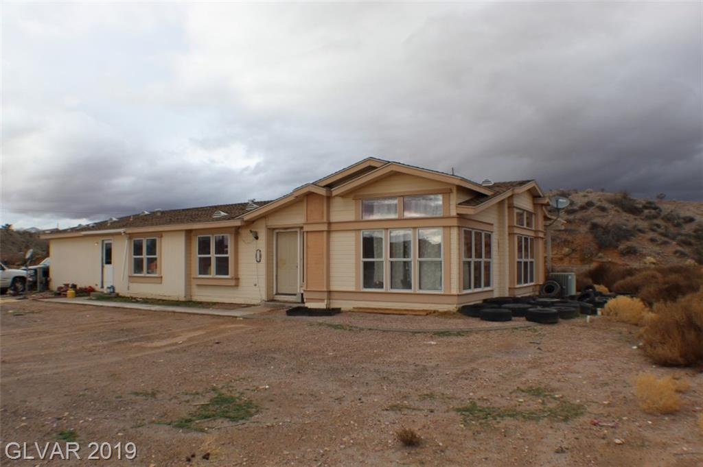 725 N HENRIE Road, Moapa, NV 89025