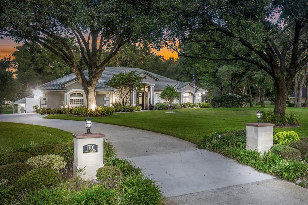 1701 Timber Hills Drive, Deland, FL 32724