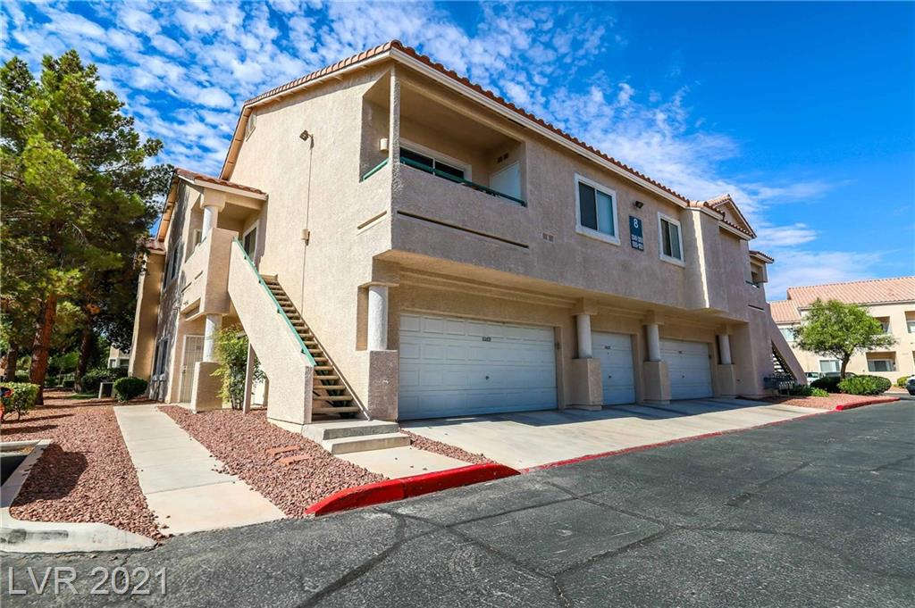 BEAUTIFUL 2 BEDROOM 2 BATH DOWNSTAIRS CORDER CONDO WITH 2 CAR GARAGE, FRESHLY PAINTED AND WITH NEW CARPET. CENTRALLY LOCATED CLOSE TO SCHOOLS, PARKS, FREEWAYS, AIRPORT, SHOPPING.