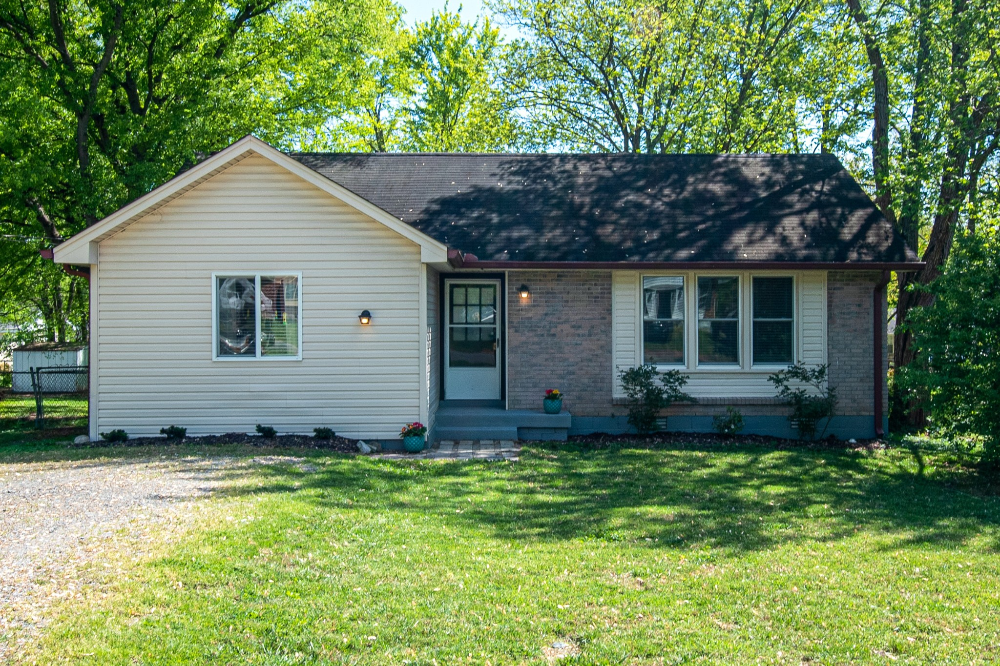 Well maintained home with fresh paint, ready for it's new owner! Hvac 1.5 years old, roof 6 years old.  3 bed, 2 bath with spacious backyard and cozy deck.  First Open House Sunday, May 31 2-4pm!!