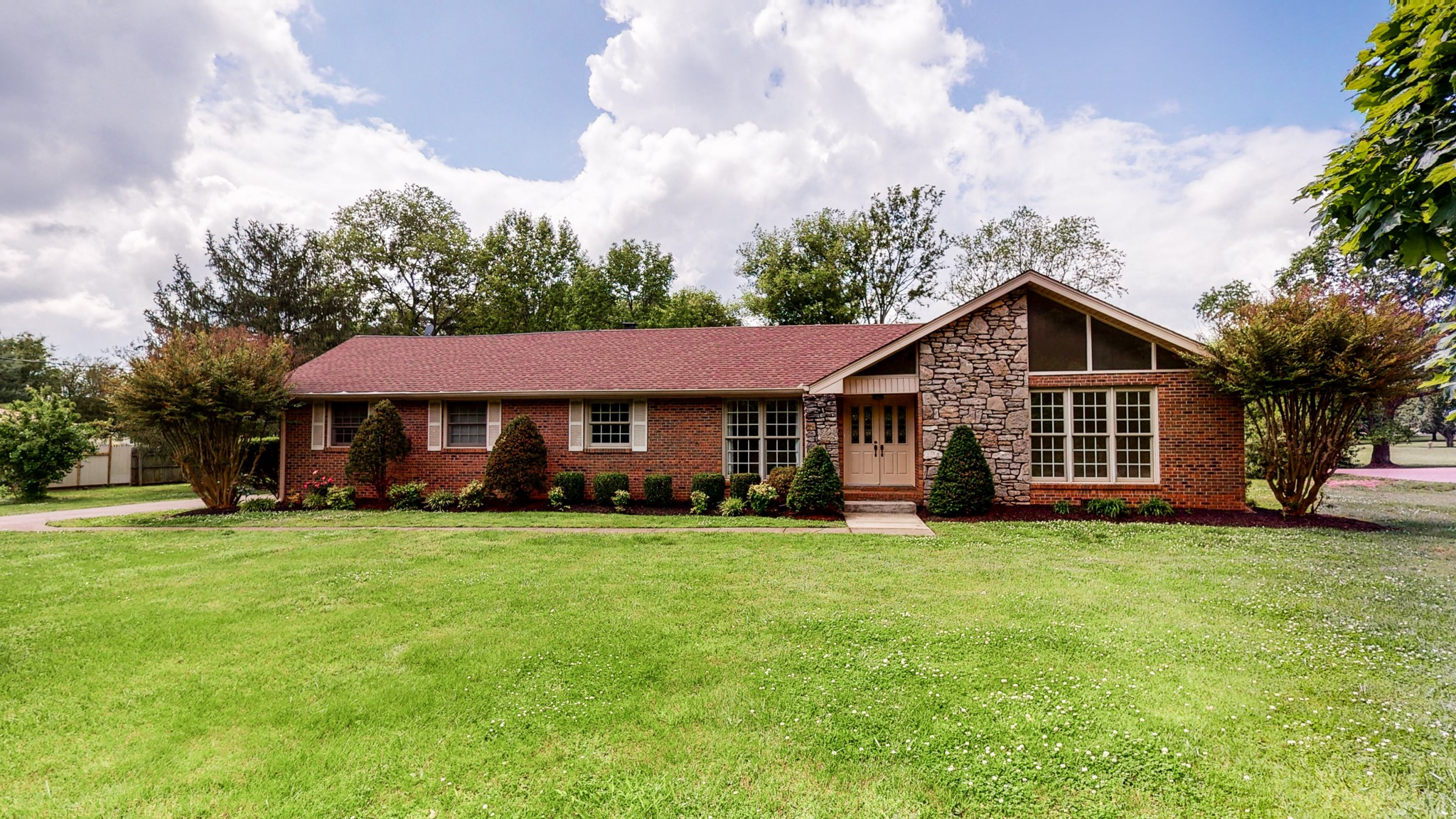 A+ LOCATION in Brentwood!  Breathtaking level one acre lot.  Family friendly Rambling Ranch with fresh paint and carpet!  Williamson County Schools.