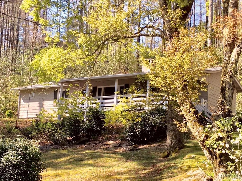 127 View Point Road, Highlands, NC 28741