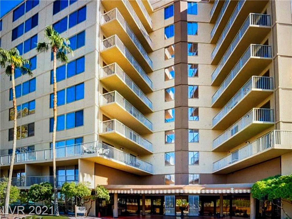 Great Views, Corner unit with strip view, private terrace off Living room, granite counter tops, community pool/ spa/ and exercise room, 2 assigned parking . walking distance to Veer Towers and Shopping, Strip. Great Value and so close to everything.