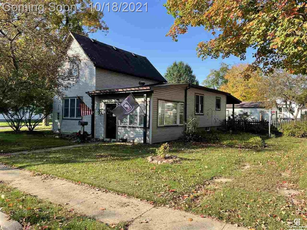 Cute 3 bedroom move-in ready home. This home features Spacious kitchen, full partially finished basement, and fenced yard. Beautiful patio to sit and enjoy the nice landscaping. All appliances included!