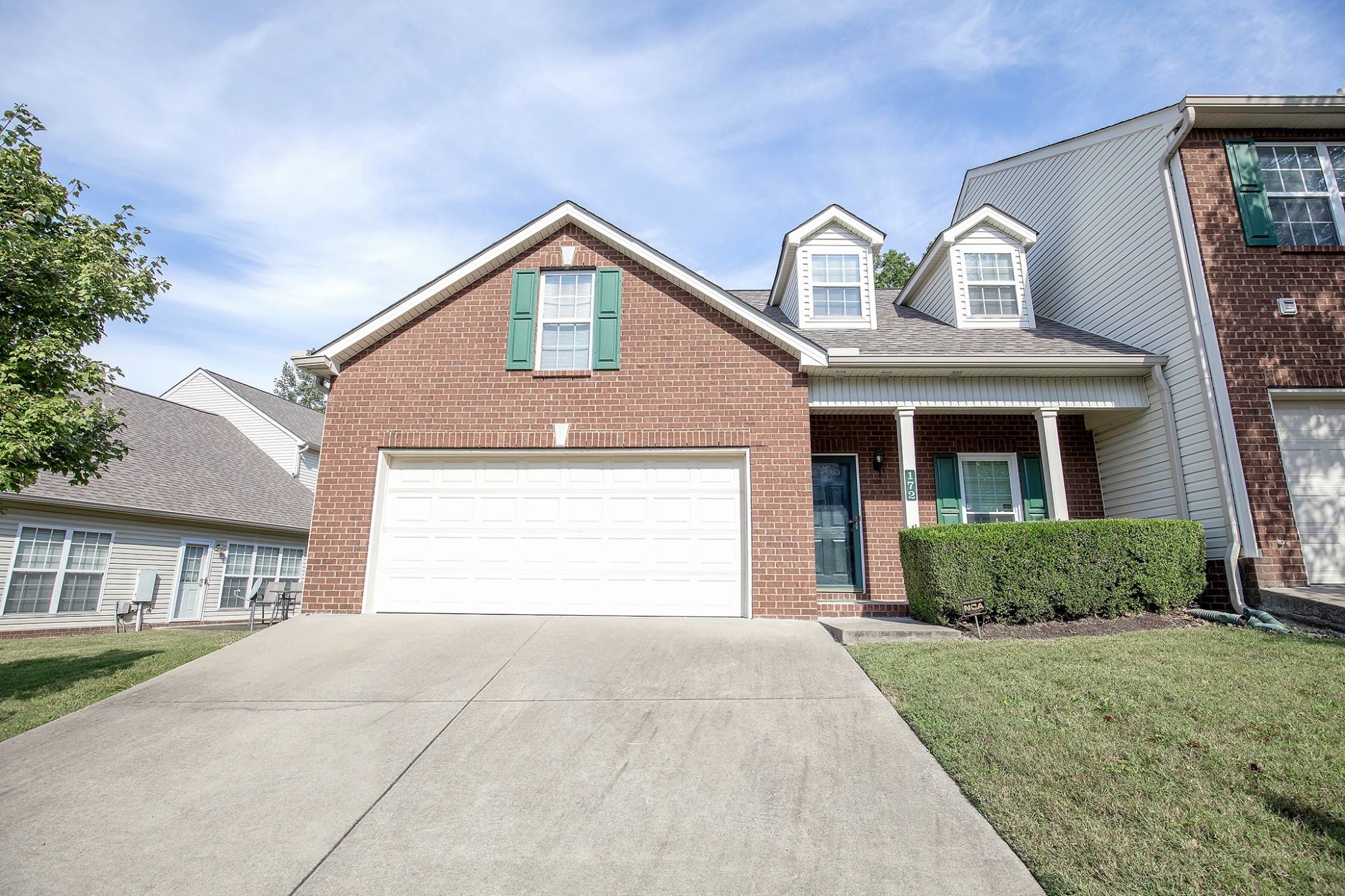 Wonderful one owner 3 bedroom condo close to everything you could possibly need! Close to the airport and downtown Nashville. Two car carage & end unit! Appliances stay. Immediate move in. Welcome Home!