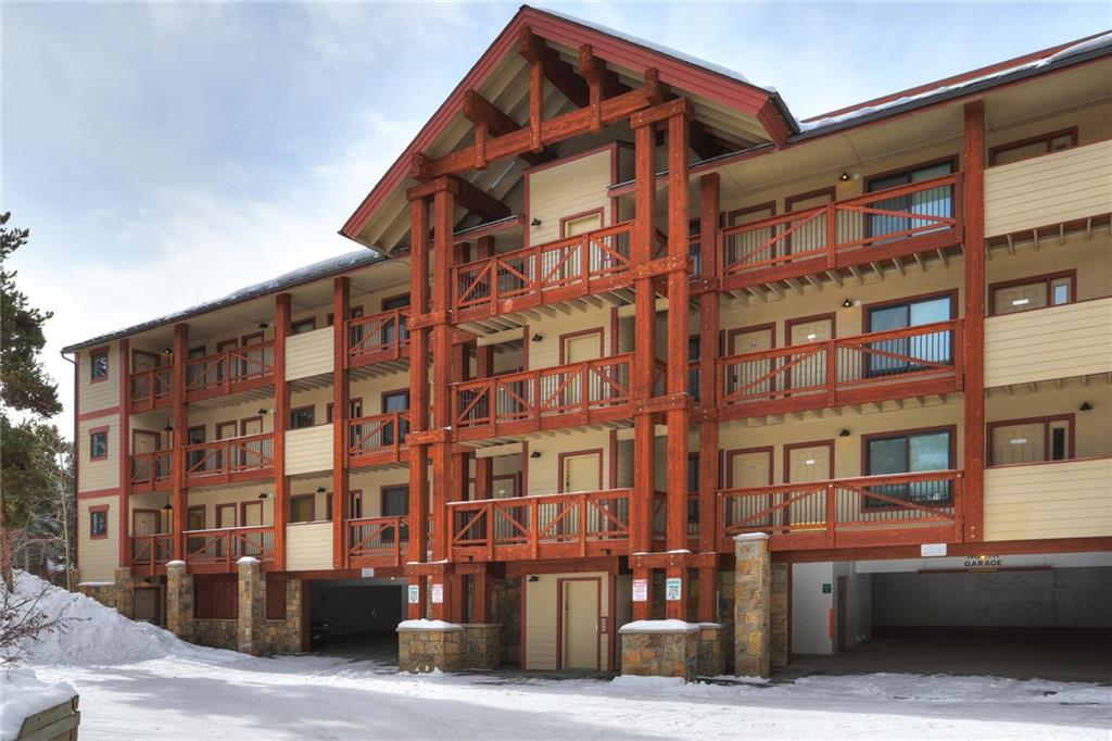 Welcome home to Breckenridge! Beautiful 2 bedroom plus loft condo with three baths. Two queen beds, private bathroom with tub and shower in each bedroom. Each can be locked off and rented as a hotel room separately from the rest of the unit or all together. Sleeps up to 12.  New Columbine Pool complex across the street. Walkway to the Quicksilver Chairlift is right down the street, as is the brewery. This is the building closer to the street not on the river, with garage parking and elevator.